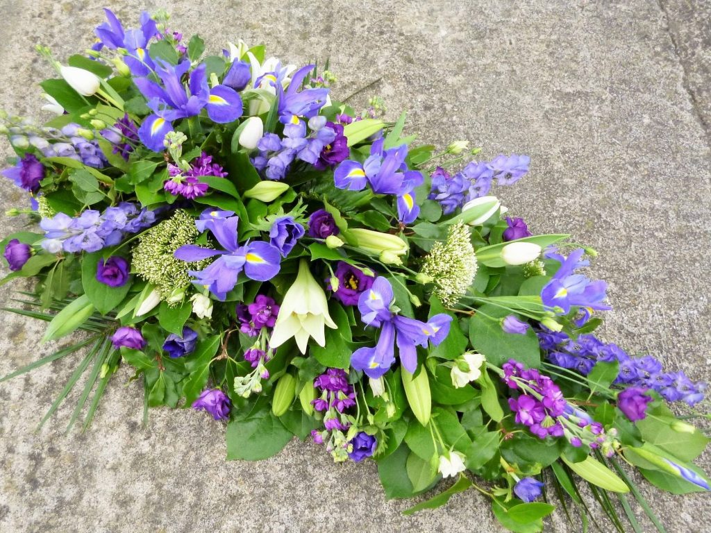 Funeral flowers stemsfloristwiltshire single ended spray from 30 izmirmasajfo